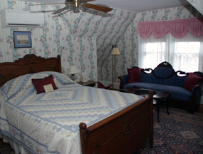 Qeen Victoria Inn Bed and Breakfast